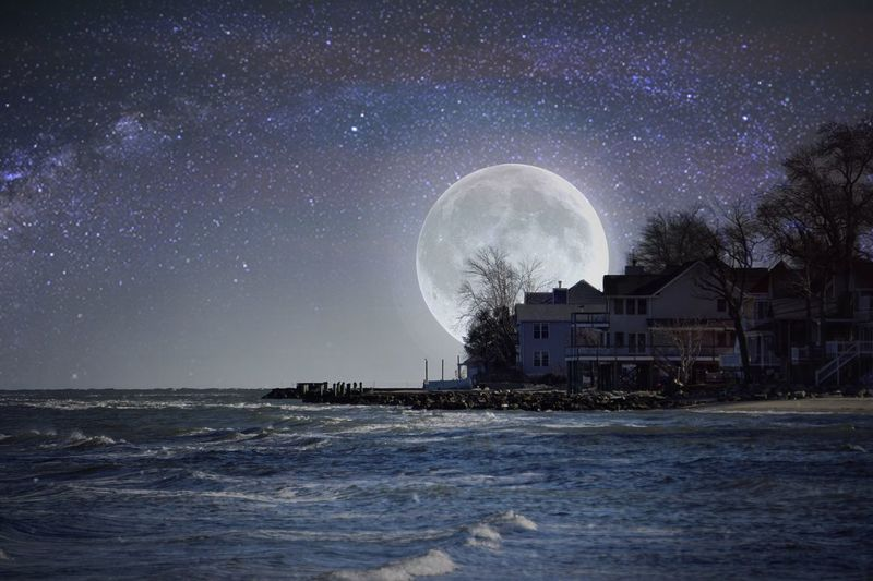 The full moon brings good tidings 🌝🛥 Astronomy Star - Space Sea Night Sky Water Travel Destinations Nature Scenics Moon Outdoors Edits Chesapeake Bay Bay Southern Maryland