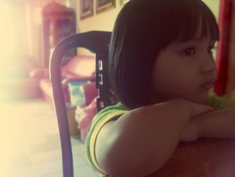 thinking about life.... or full concentration on cartoons -_- Little Angels Children Portrait Children Photography