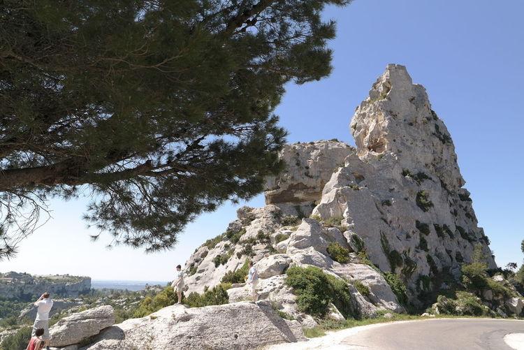 Blue Sky Geology Les Baux De Provence Mountain Provence Rock Rock Formation Tree