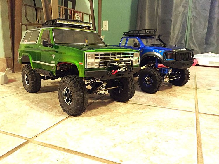 Rctrucks Scale Model Rc Car RC Scale World Crawling Crawlers Crawler Crawlerassault Scale Trucks Axialracing Vaterra Trailtrucks Axial Vaterra Ascender Tf2 Gmade Komodo Scale Crawlers