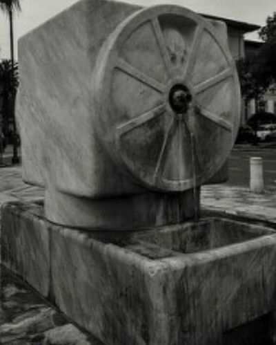 Fontana Fuente Marmol Marmo Carrara Massacarrara Ruota Marble Italia Italy Toscana Tuscany Picoftheday Pictureoftheday Likeforlike Like4like L4l Tagsforlikes Igers Instamood Instagood Instadaily Follow Followme