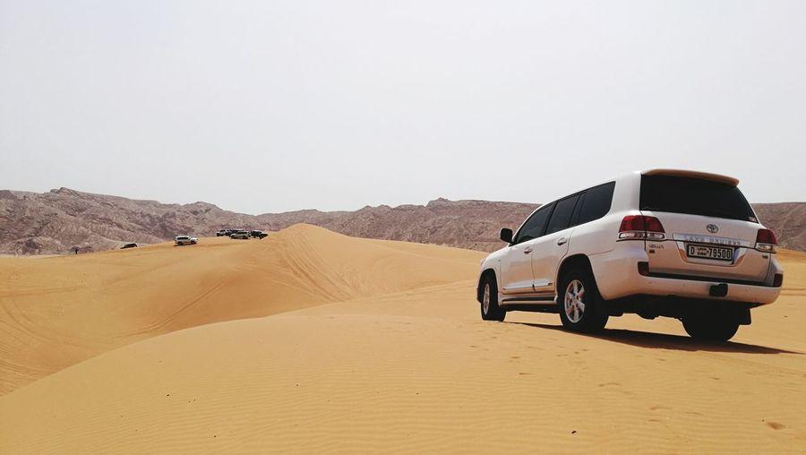 Sand Dune Desert Sand 4x4 Sky Off-road Vehicle Sports Utility Vehicle Extreme Terrain Barren