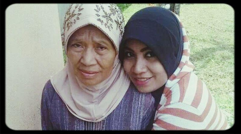 Mizz Nunuy with my adorable Mom ❤ Hijab Latepost ✌