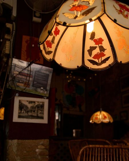 Hanging Illuminated Light And Shadow Indoor Light ındoorphotography Awesome_view Interior Decorating Night Indoors  No People Close-up Illustration Old-fashioned Old Building  Nostalgic  Aged Beauty Cafehopping Cafés Chair Wall Display