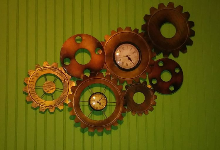 Green Color No People Close-up Studio Shot Colored Background Indoors  Steampunkphotoshoot Steampunk Stuff Steampunkart Steampunkstyle Steampunk Photography Wallpaper For Mobile Time Passes By Clock Mechanism Clocksoftheworld Lime Wheels Of Tme Clock Clock Face The Passing Of Time Green Color Indoors  Time Tranquility