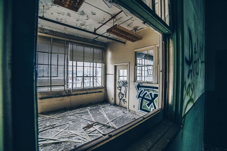 EyeEm Selects Window Abandoned Indoors  Damaged Door House Architecture No People Built Structure Day Home Interior