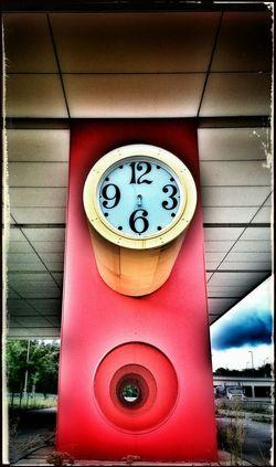 wir haben doch keine Zeit...OnceUponATime..... Timeless Clockporn