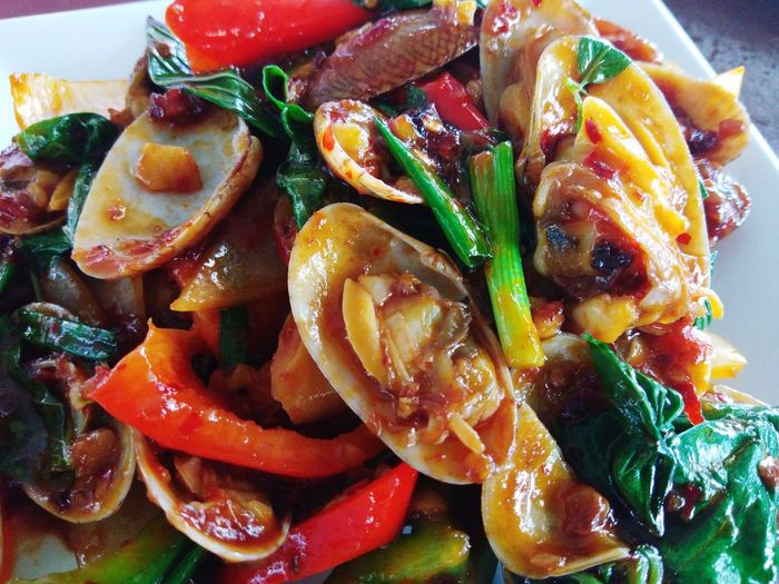spicy clams Spicy Food Appetizer Vegetarian Food Italian Food Vegetable Tomato SLICE Plate Food Styling