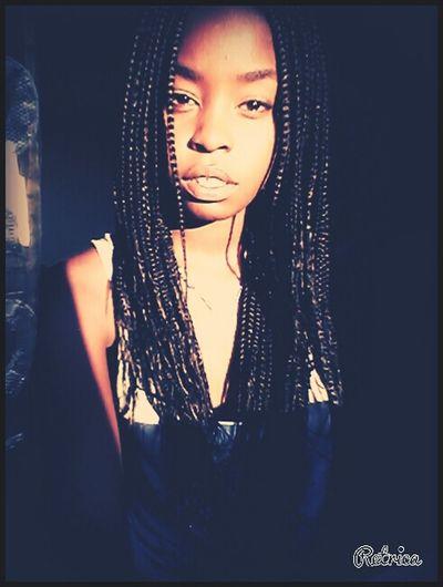 Noface Sguardi Intensi Acting Like A Model Africangirl