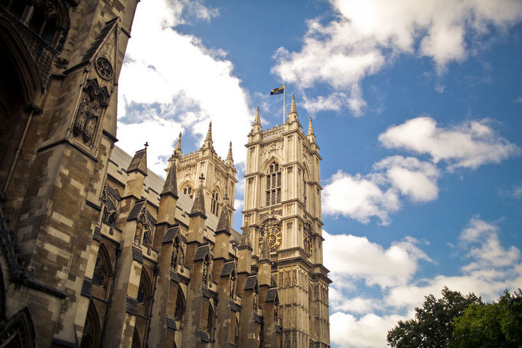 Westminster Abbey on bright daylight London Travel Architecture Building Exterior Built Structure Cloud - Sky History Low Angle View Outdoors The Past Westminster Abbey