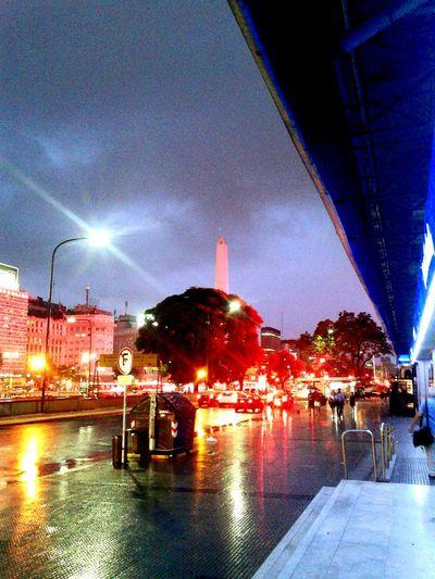 Lluvia en el obelisco Streetphotography Argentina Photography Argentina Noche Lluvia Obelisco, Buenos Aires 🌆 Obelisco Calle Street Stree Photography