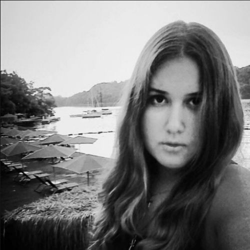 Black & White Beauty That's Me Hello World