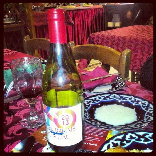 Обожолежилась в узбекском ресторане с французами... От Божоле Нуво французы что-то не в восторге инжир Томск Beaujolais