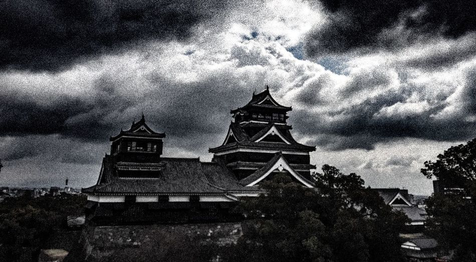 Beautiful Arhitecture EyeEm Best Shots Chrome Blackandwhite Holiday Traveling Asian Culture Monochrome Clouds And Sky