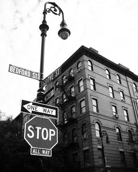 Friendstvshow Building House Bedfordstreet GroveStreet Streetphotography New york city