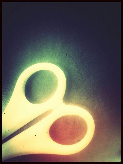 YellowScissor. Object Unicolor Colors Macro