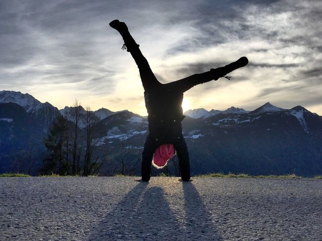 Full Length One Person Silhouette Girl Girl Power Leisure Activity Real People Outdoors Mountain Snowcapped Mountain Rear View Handstand  Upside Down Lifestyles Sky Flexibility first eyeem photo Landscape Sunset Scenics Silhouette Be. Ready. Handstand ♥  Step It Up Betterlandscapes EyeEm Ready