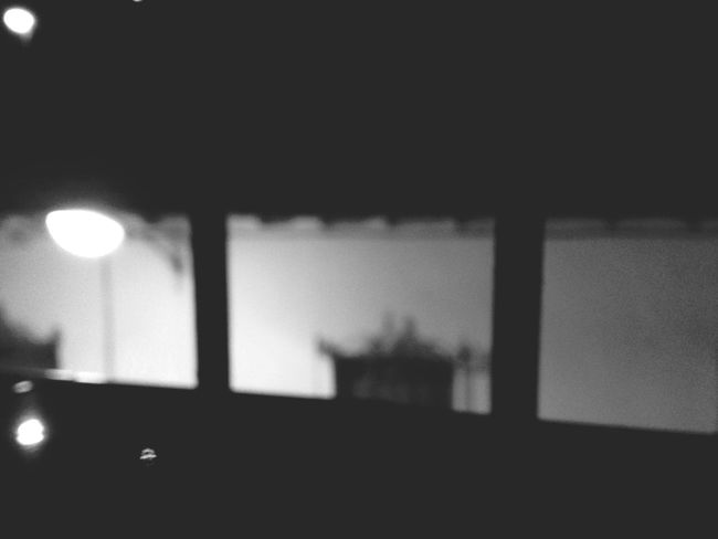 📷: Cigarrete Daydreams. Night Lights