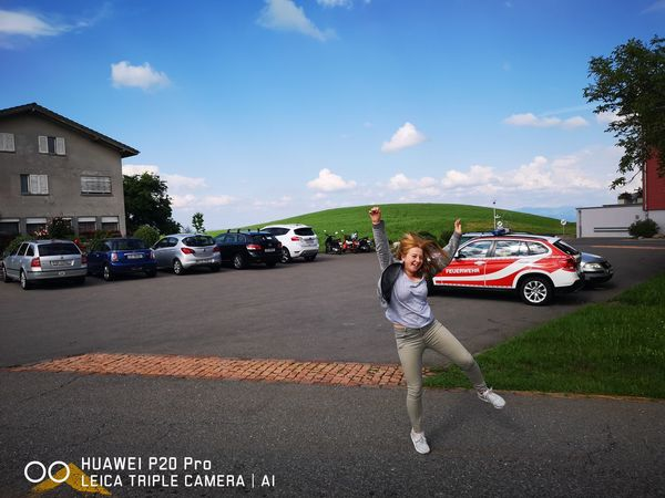 Jump Jump Jump Girl Sommer Summertime Fan - Enthusiast Car