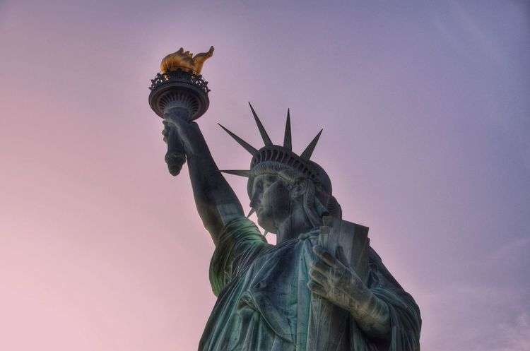 Sweet land of liberty! Statue Travel Destinations Freedom No People Outdoors Architecture EyeEm Gallery The Week On Eyem EyeEm Team Discover Your City Statueofliberty
