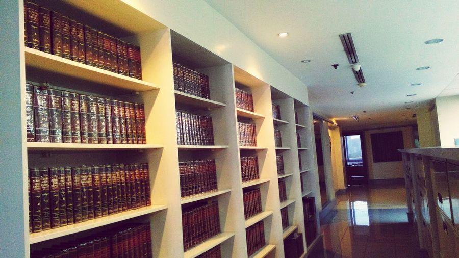 Law Books Books ♥