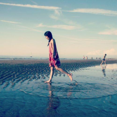 Girl Beach Desigual Portrait