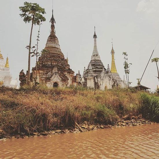 INLE LAKE Inle Inlelake Myanmar Lake Igersmyanmar AOV Artofvisuals Instagood Instagram Sky Burma Asiaonetravelsnaps Photooftheday Photo Photography Villages Pagoda Yourworldgallery