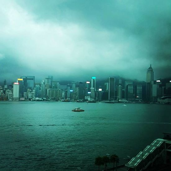 HongKong Skyline Hongkongskyline Rain 😍