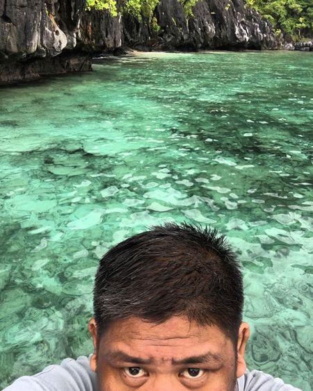 To swim or not to swim Dramatic Angles ElNidoIslands Palawan Islandhopping Vitaminsea Paradise Swimming Elnido EyeEm Nature Lover EyeEmSchoolofPhotography LessonOne