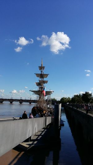 Cloudy Sky Bordeaux Quais Dock Boat Blue Water France My Year My View Finding New Frontiers