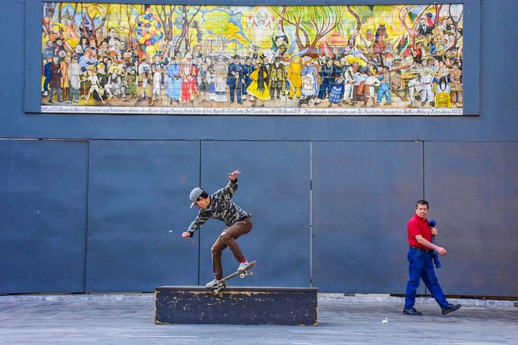 #MexicoCity #Skating Travel Photography Colorful Pictures Tell A Story Ciudad De México Skatepark Downtown Outdoors Nikonphotography Nikon Skateboarding Mexico City