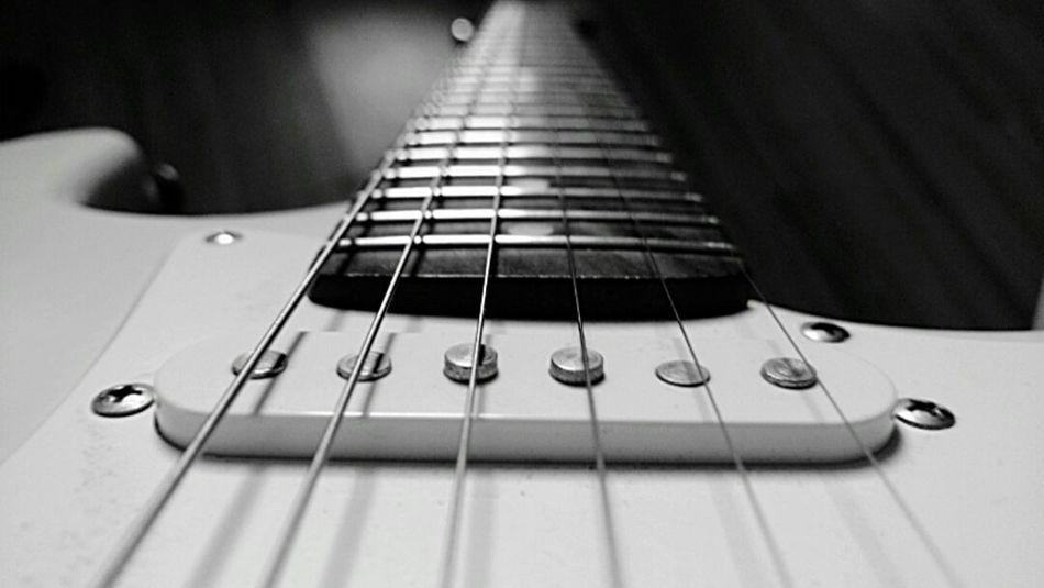 Alone Guitar Cellphone Photography Hanging Out Boring Playing Guitar Blackandwhite Black And White Black & White Black&white Cellphone Photography First Eyeem Photo Taking Photos Music Guitar Collection