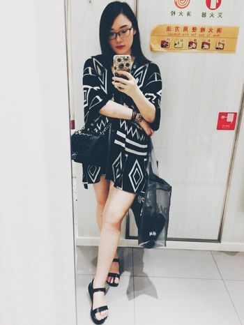 shopping time 💋👗👠🎩 Looksgood Shopping ♡ ThatsMe Beauty Selfie ✌