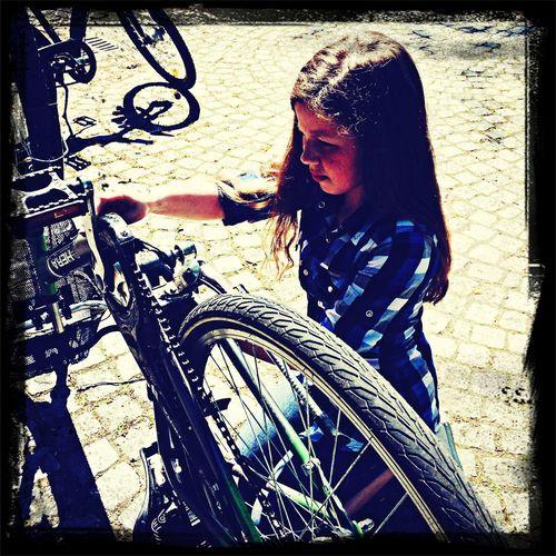 Fahrrad ist kaputt: also reparieren