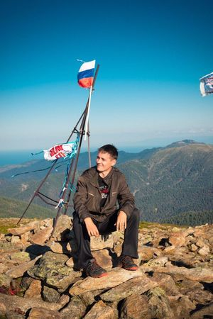 One Man Only Mountain Sibir Sibiria Sibirya Only Men One Person Adults Only Mature Adult Outdoors Full Length Sky People Adult Communication One Mature Man Only Mature Men Day Baikal Russia Rzd HERO Photographer Real People Motion Sky_ Collection