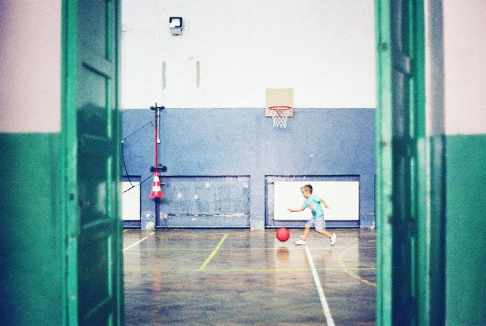 Sports Kids Kids Having Fun Kids Playing Analogue Photography 35mm 35mm Film Film Photography The Week On EyeEm Basketball Kid Playing Basketball The Week On Eyem Showcase July