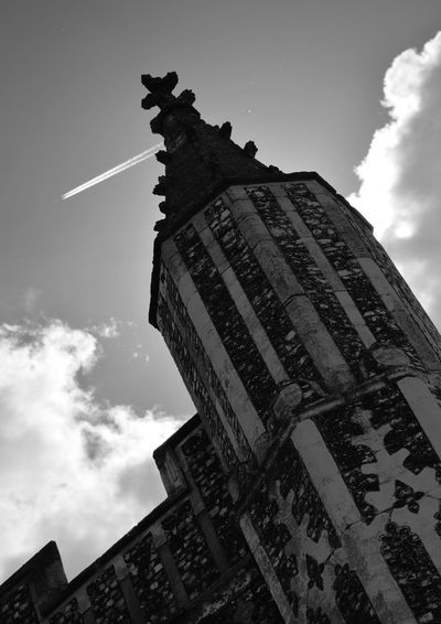 Architecture Cloud - Sky Low Angle View No People Sky St. Johns Abbey Turret Vapour Trail