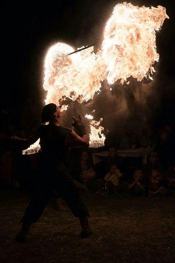 Jongleur Juggler Fire Feux Flame Night Photography Nuit Autour De Chez Moi Ménestrel Trouvère