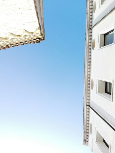Blue Sky Architecture Light Old Buildings Clear Sky Sunlight All Is Wight Minimalist Architecture
