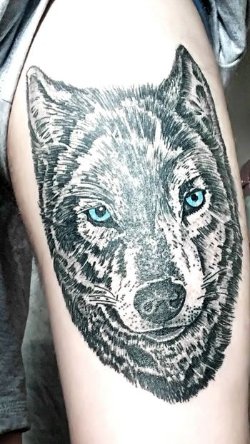 My healed tattoo Tattoo Tattooed Tattooman Tattoo Design Tattoodesign Wolf Wolf Tattoo Wolf Tatto Idea Guy Guyswithtattoos Guys With Tattoos Black And White Black And White Tattoo
