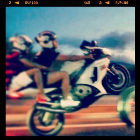 Suzuki Motorcycles GSXR1000 Insatamoto likelibyanguysfriendshelmetwheeling insatalikeinstantmotofollow