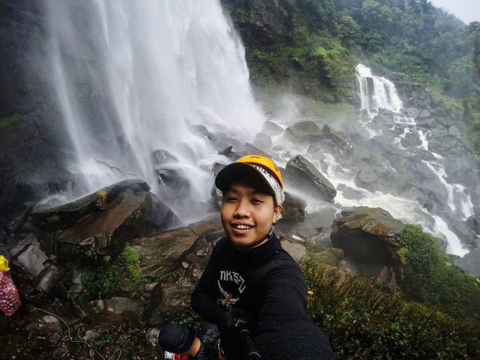 Paske,Laos