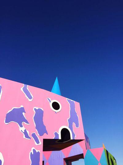 Art Is Everywhere Coachella2017 Clear Sky Coachella Music Music Festival California California Love California Coast Palm Tree Desert Banks Glass Animals Kendrick Lamar Lady Gaga Art