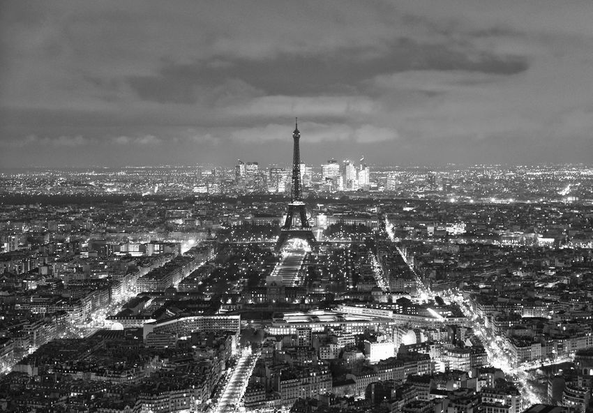 Black & White Paris Paris ❤ Paris, France  Aerial View Architecture Black Black And White Blackandwhite Blackandwhite Photography Building Exterior Built Structure City Cityscape Cloud - Sky Crowded Modern Nature Outdoors Sky Skyscraper Streetphotography Travel Travel Destinations Urban Skyline