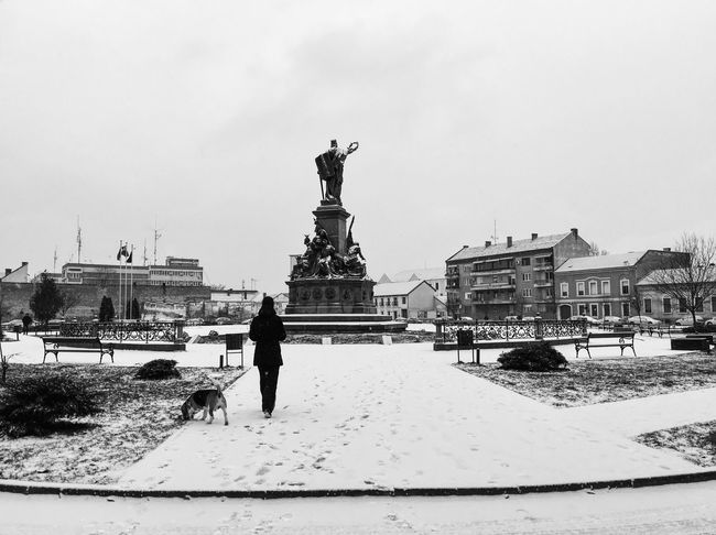 City break... Streetphotography Having Fun Hello World Eye4photography  Relaxing Hanging Out Check This Out Enjoying Life Taking Photos EyeEm Best Shots Outdoors Made In Romania Traveling Vscocam It's Cold Outside IPS2016Composition Winter Showcase: January Snow Blackandwhite Bw