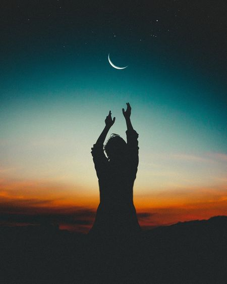 Dream to touching 🌒 moon..... Sunset Human Body Part Silhouette One Person Outdoors Nature Sky Human Hand Beauty In Nature Lost In The Landscape American Bison Togetherness Cityscape Love