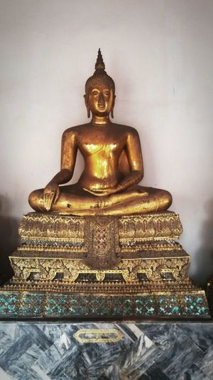 Beautiful Buddha, Buddhist, Thailand, Getting In Spired. .