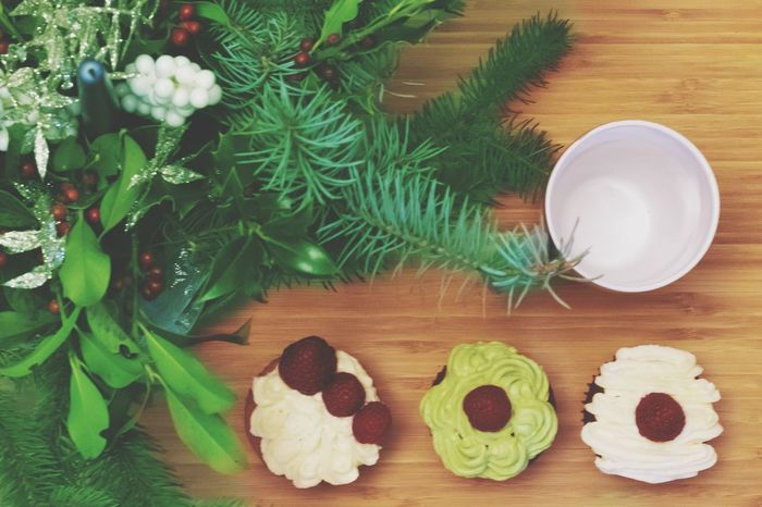 Dolce Natale MR7 EyeEm Best Shots EyeEm Selects Photography Photographer Eos77D Canon Passion Foodporn Vassoio Food Food And Drink Market Christmas Decoration Christmas Celebration Table Close-up Green Color Christmas Ornament Decorating The Christmas Tree Candy Cane Religious Event Candy Heart Christmas Lights Christmas Bauble