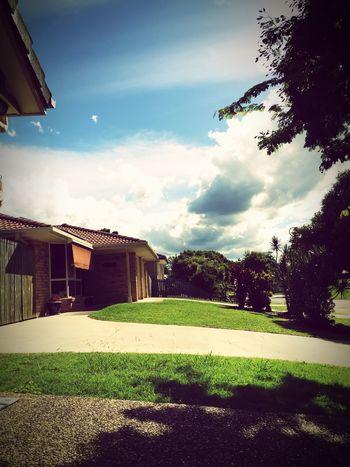 📷 Enjoying The Sun House Houses Taking Photos