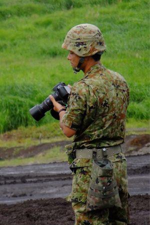 2014.8.23 東富士演習場 自衛官イケメンコレクション3 JGSDF Taking Photos